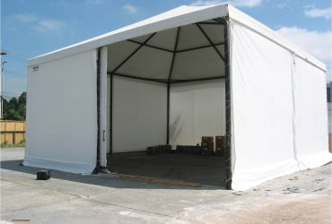 Tenda pirâmide para armazenagem